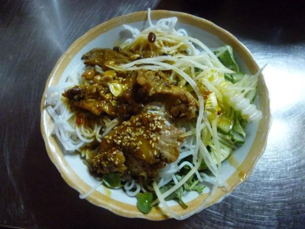 Mangiare in un mercato: Cau Lao a Hoi An