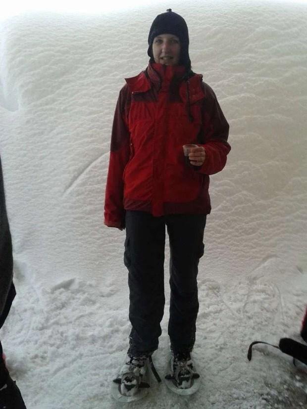 Escursioni con le ciaspole da Cortina: pausa tè caldo