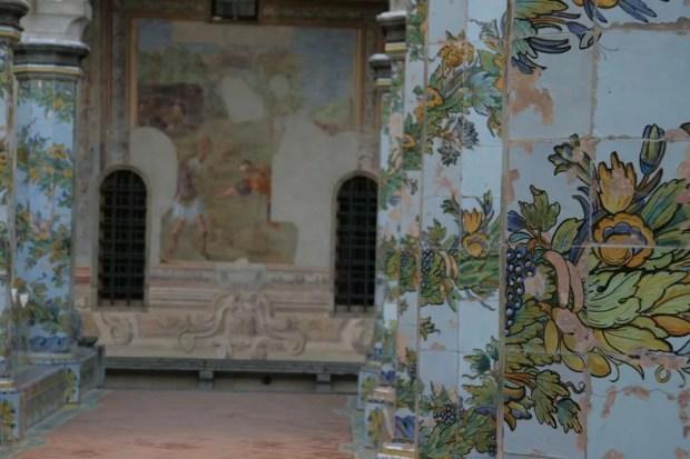 Cosa fare a Napoli: il chiostro di Santa Chiara