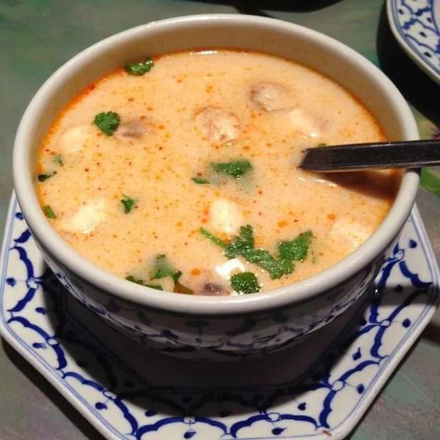 La cucina thailandese: la zuppa Tom yum