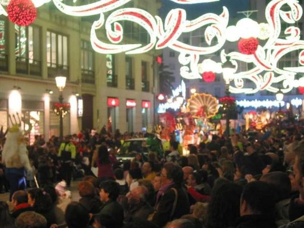 Malaga, 2010. La Cabalgata de los Reyes Magos e la folla