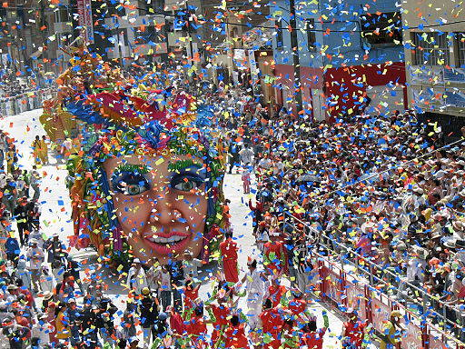 Il Carnevale di Cadice per strada