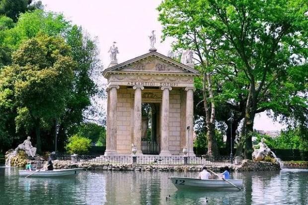 I parchi di Roma: il laghetto di Villa Borghese a Roma