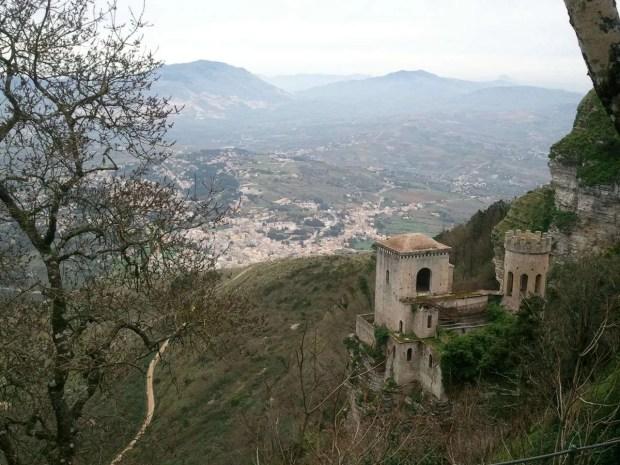 Tour della Sicilia: la vista dal Castello di Venere di Erice
