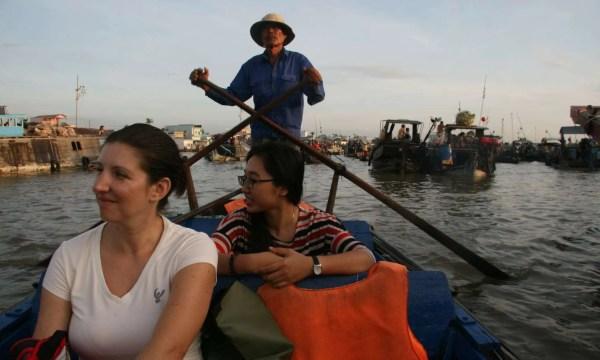Il mercato galleggiante del delta del Mekong