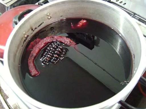 Cosa bere in Perù: preparazione della chicha morada - Foto by Dtarazona