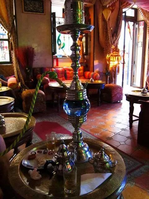 L'interno di una teteria di Granada