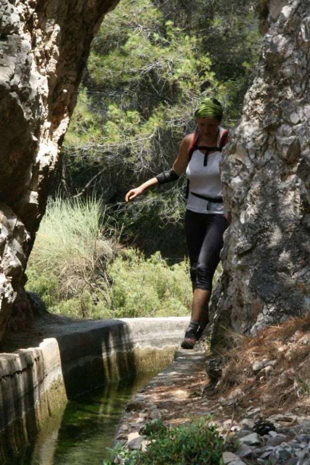 Avventura in Andalusia: io lungo il canale dell'acquedotto del Rio Chillar