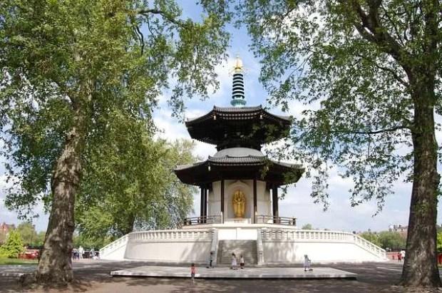 La pagoda del Battersea Park a Londra