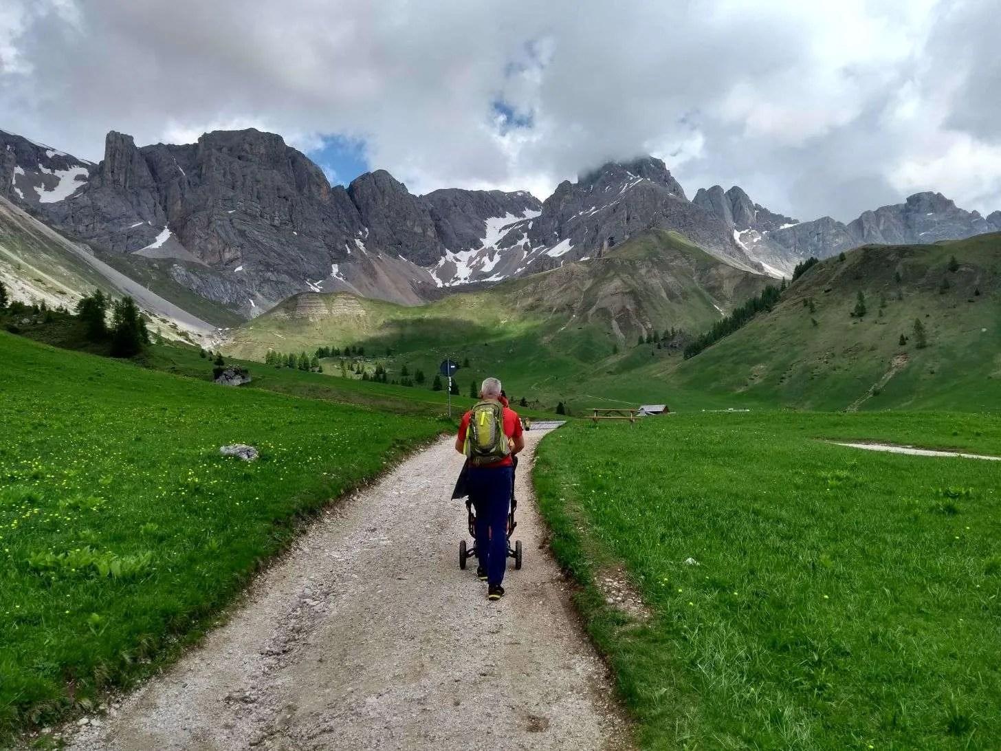 Dal Passo San Pellegrino al Rifugio Fuciade con il passeggino