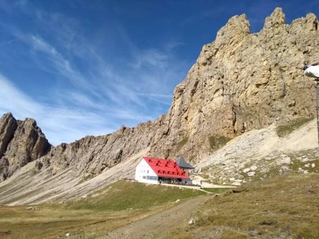 La Val Duron e il rifugio Alpe di Tires