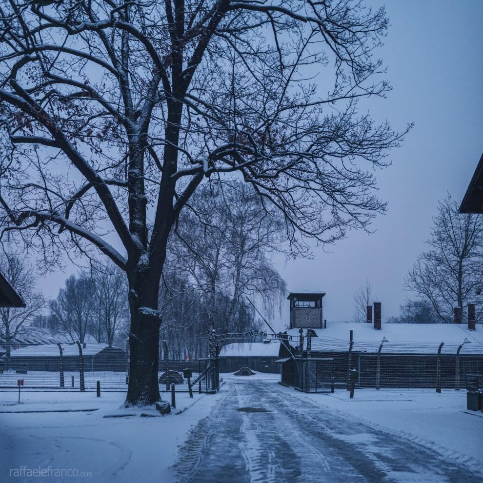 L'ingresso di Auschwitz I