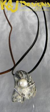 whisper-shell-and-pearl-necklace