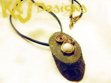 hidden-key-necklace