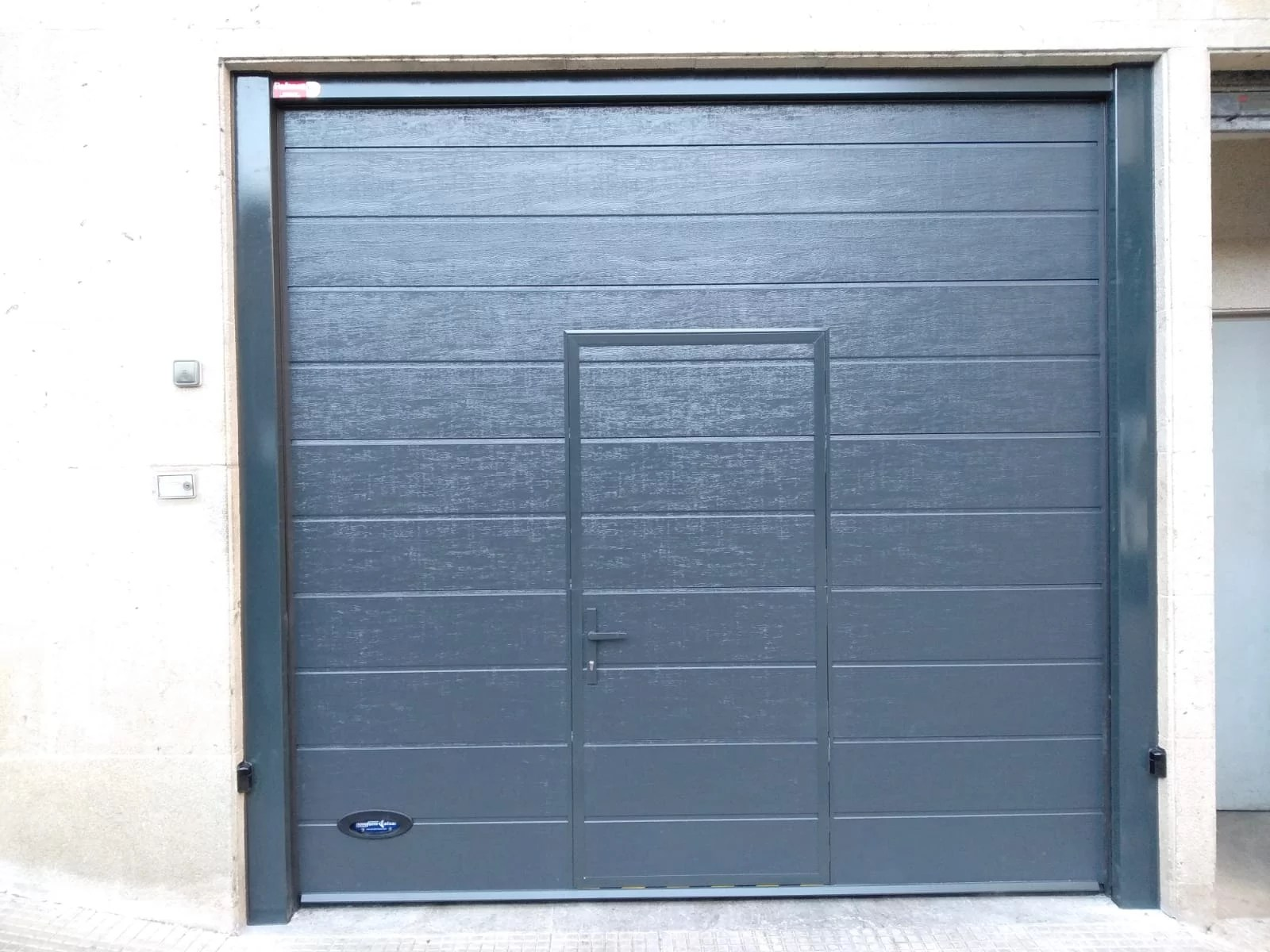 Puerta secciona Novoferm Thermo 45
