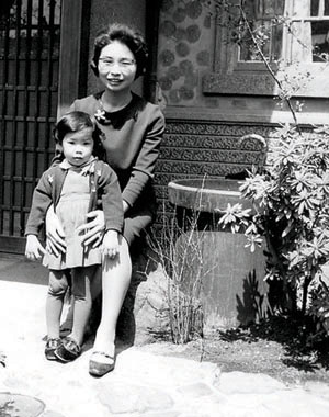 Naomi with her mother