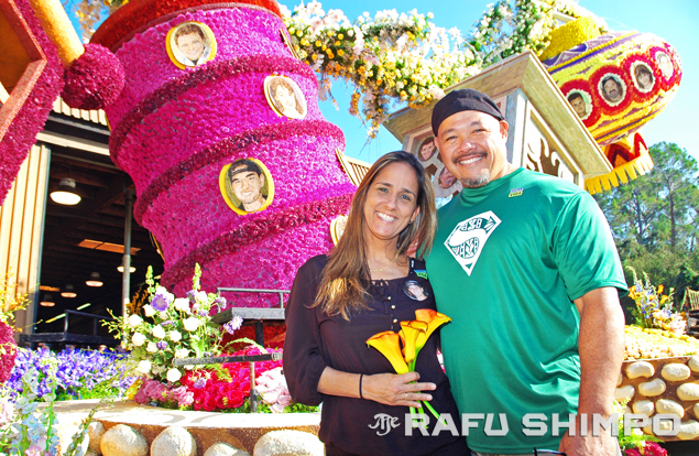 Kathleen and Shawn Steinhoff pose near the floral depiction of their late son, an organ donor who was memorialized on this year's Donate Life float in the Tournament of Roses Parade in Pasadena. (Photos by MIKEY HIRANO CULROSS/Rafu Shimpo)