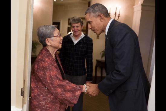 President Obama greets June Kurahara of JCCH as Interior Secretary Sally Jewell looks on. (White House photo)