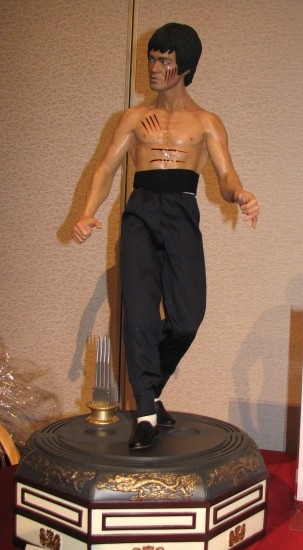 """Silent auction items included this sculpture by Arnie Kim and Blitzway of Bruce Lee in a scene from """"Enter the Dragon."""""""