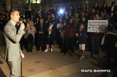 Outside the Japanese American National Museum, Dr. Greg Kimura, JANM president and CEO, addresses the gathering. (MARIO G. REYES/Rafu Shimpo)
