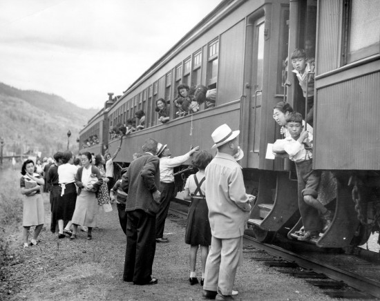 """Leonard Frank, """"Leaving Vancouver,"""" 1942. Eastwood Collection, JCNM. (From """"Two Views"""")"""