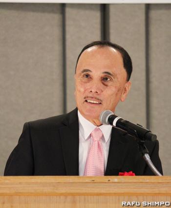 日本語を話さない3世、4世にも県人会協議会の活動内容やミッションを英語で伝えていきたいと話す森会長