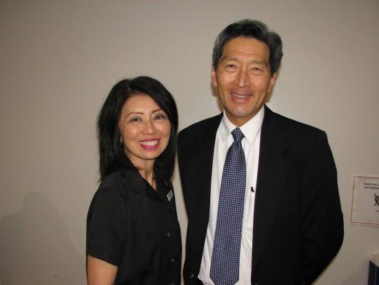 "Dianne Kujubu Belli of Keiro and her brother Dr. Dean Kujubu at last year's ""Chronic Kidney Disease"" program at Gardena Valley Japanese Cultural Institute. (J.K. YAMAMOTO/Rafu Shimpo)"