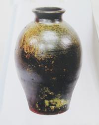 大嶺信孝氏の作品「琉球南蛮自然釉壺」