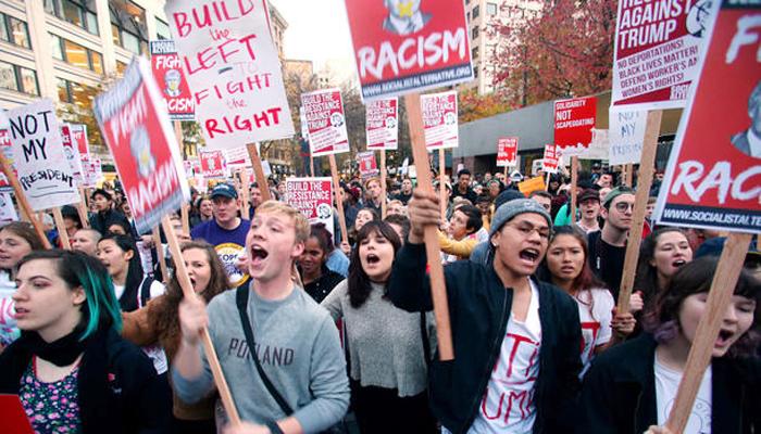 反トランプ派による抗議デモ。ロサンゼルスを含む全米各地でデモが行われた