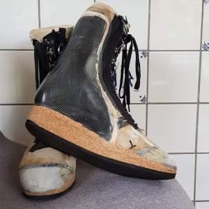 proefschoenen met koolstofvezel enkelkoker geeft als ingebouwde spalk toch meer steun in mijn orthopedische schoenen