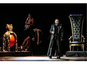 """""""Barbablù"""", scritto da Costanza Diquattro e con la regia di Moni Ovadia, a Vittoria, al cinema Golden"""