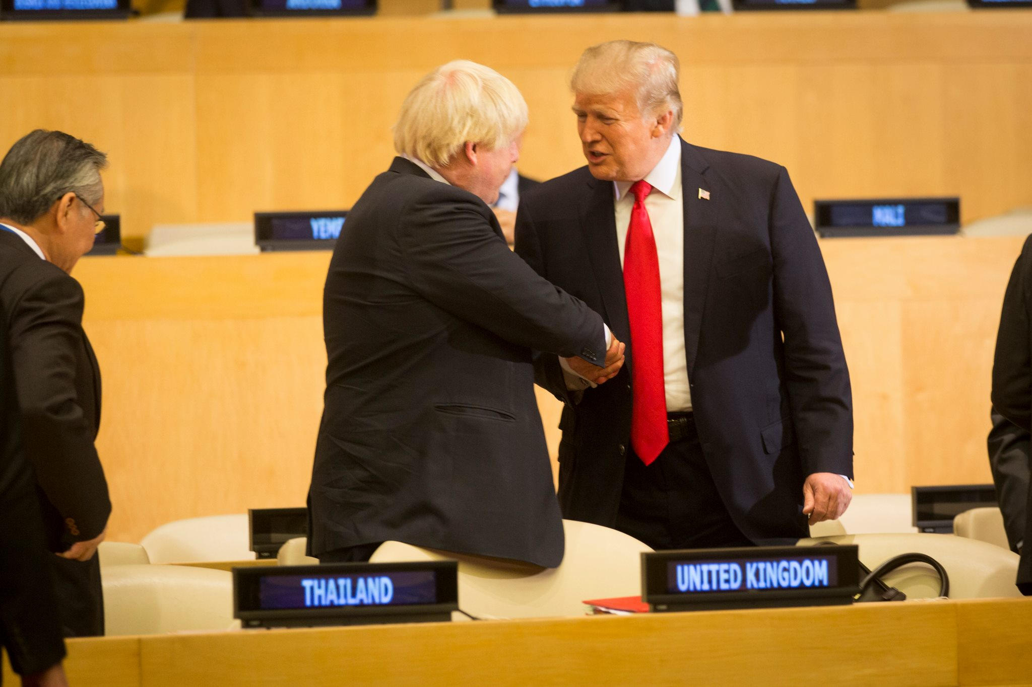 President_Donald_J._Trump_and_the_British_Secretary_of_State_for_Foreign_and_Commonwealth_Affairs_Boris_Johnson_(37425398262)