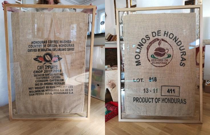 Kaffesack eingerahmt in Eichenholzrahmen doppelverglast