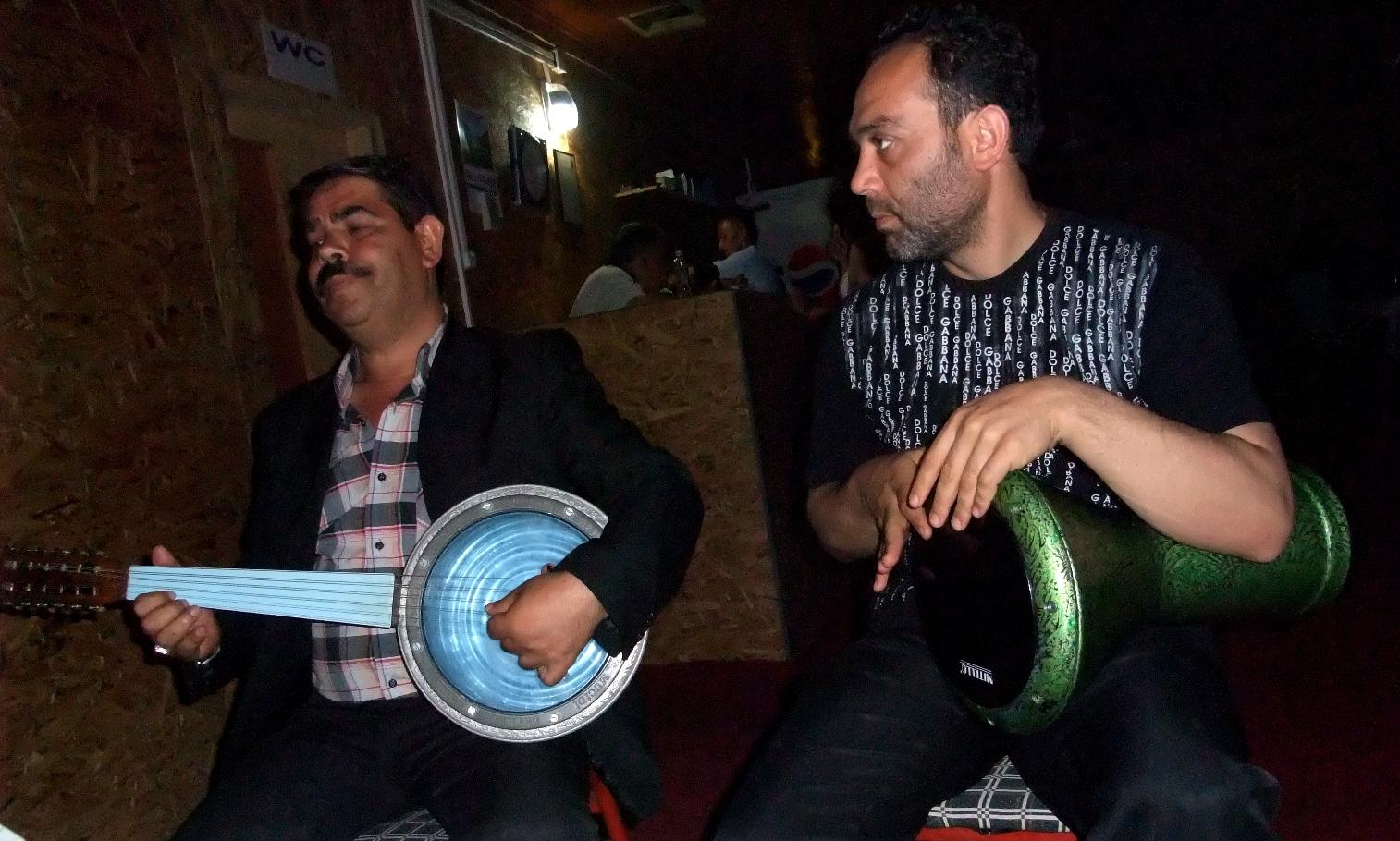 Musiker in einer kleinen Bar am Schwarzen Meer!