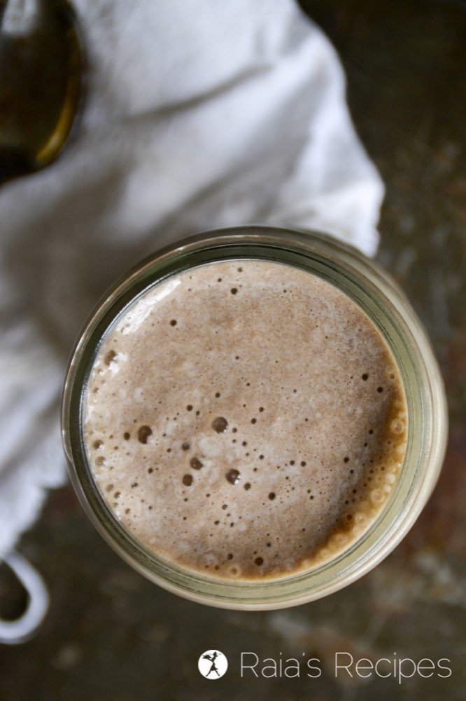 Need to shake up your smoothie life? Give this Carob Zucchini Milkshake a try! It's packed full of nutrition, and so delicious! RaiasRecipes.com