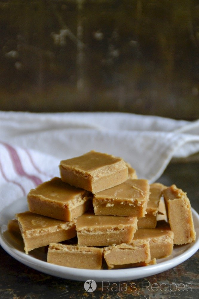 In the mood for fudge? Who isn't?! This Quick & Easy Nut Butter Freezer Fudge is a simple, paleo treat for when the mood hits you. | RaiasRecipes.com