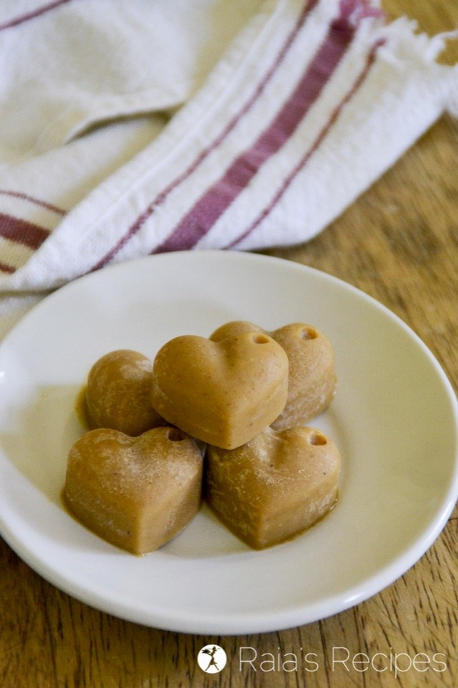 For a quick boost of energy with delicious taste, give these little Easy Nut Butter Fat Bombs a try. They're paleo and GAPS-friendly.