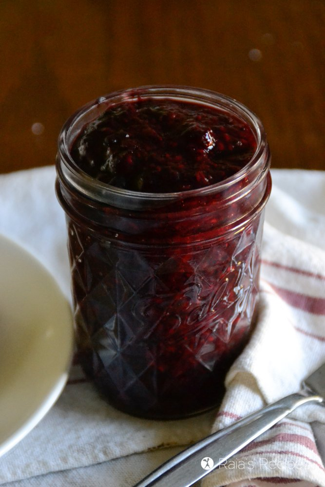 2-Ingredient Mixed Berry Chia Seed Jam 1