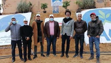 صورة مؤسسة الأطلس الكبير تزرع البسمة في وجوه فلاحي منطقة ورززات في برنامج مليون شجرة بالمغرب.