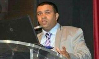 صورة الأستاد القاضي عبد الله الكرجي يناقش أطروحة الدكتوراه في الحقوق تخصص العلوم القانونية