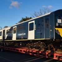[UK / Expert] Taking the ferry home: first Vivarail D-train on its way to Isle of Wight
