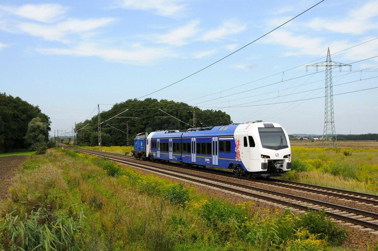 Arriva no. 453(?) on transport to the Netherlands. Ahrensdorf, 21.08.2016. Norman Gottberg