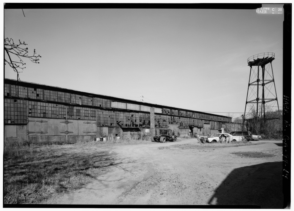 VIEW_LOOKING_NORTHWEST,_EAST_SIDE_OF_FOUNDRY_-_Glover_Machine_Works,_651_Butler_Street,_Marietta,_Cobb_County,_GA_HAER_GA,34-MARI,2-14