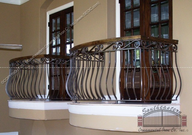 Wrought Iron Railing W Wood Cap R 12 Southeastern Ornamental | Wood And Rod Iron Railing | Wooden | Dark Stained | Wrought Iron | Pipe | Simple Modern