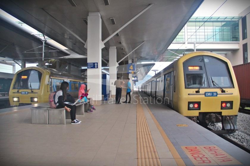 83 Class EMU39 EMU40 Bukit Mertajam 02