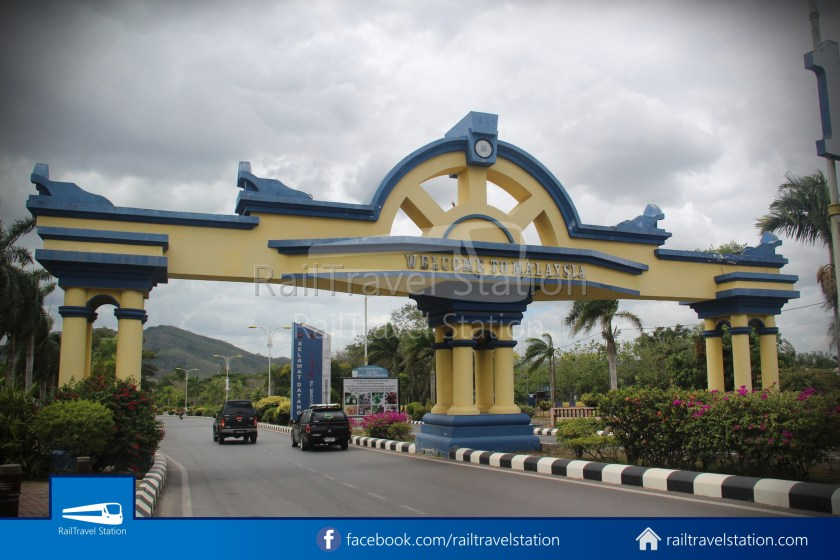 Padang Besar Border 11