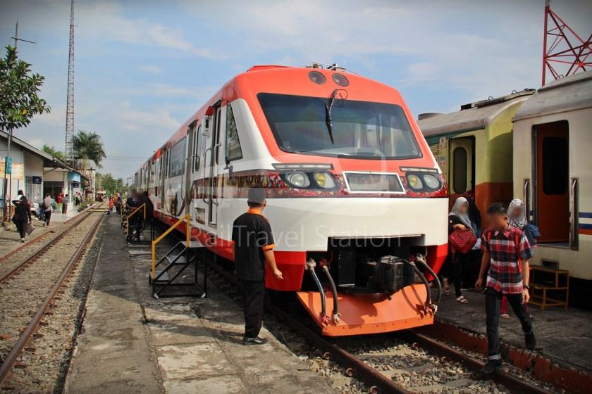 Railbus Lembah Anai Lubuk Alung 01