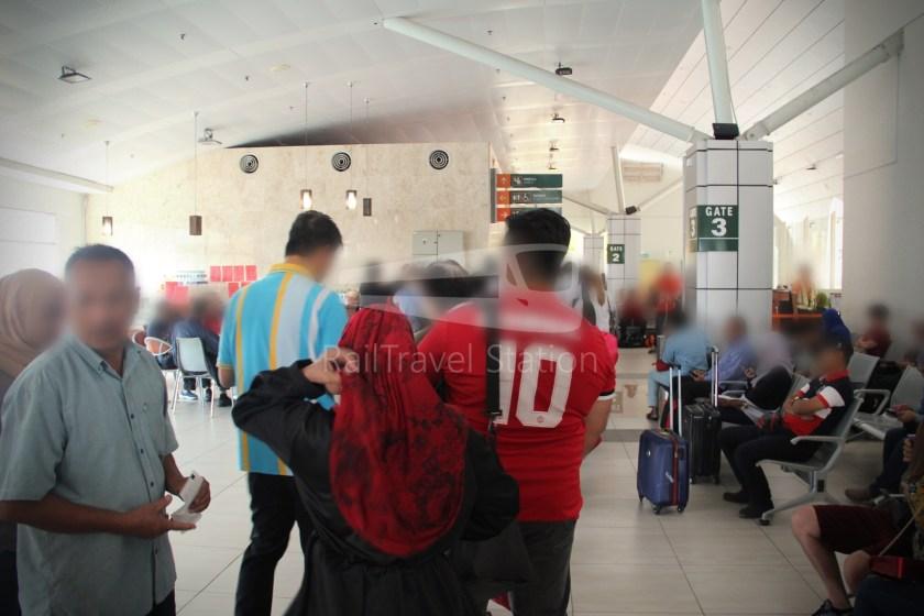 AirAsia AK6173 AOR JHB Abandoned 016