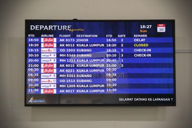 AirAsia AK6173 AOR JHB Abandoned 054
