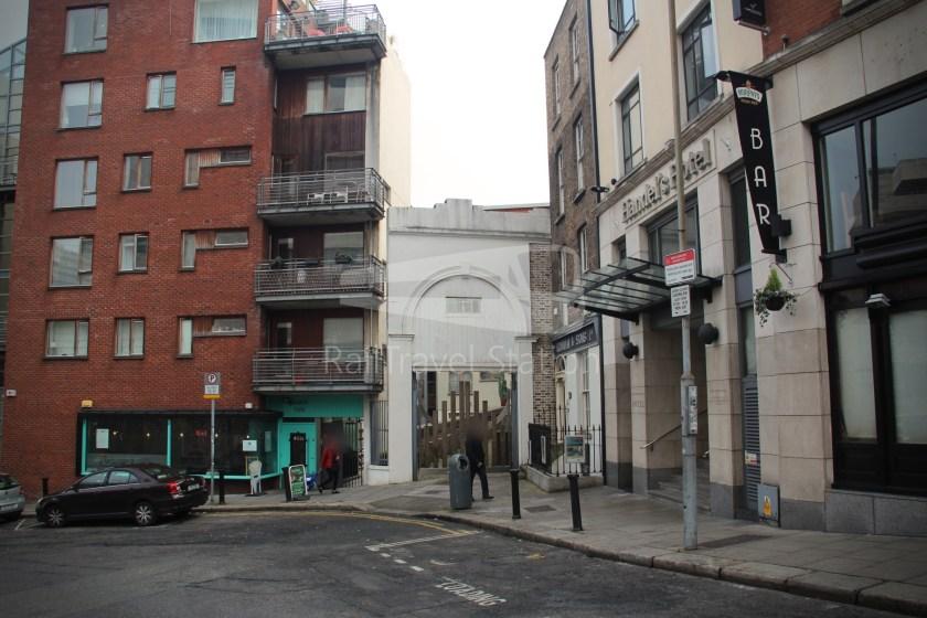 Dublin Yellow Umbrella Free Walking Tours South Side 033